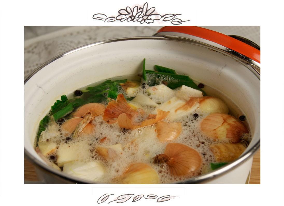 Recipe for Austrian Semolina Dumpling Soup (Grießnockerlsuppe)